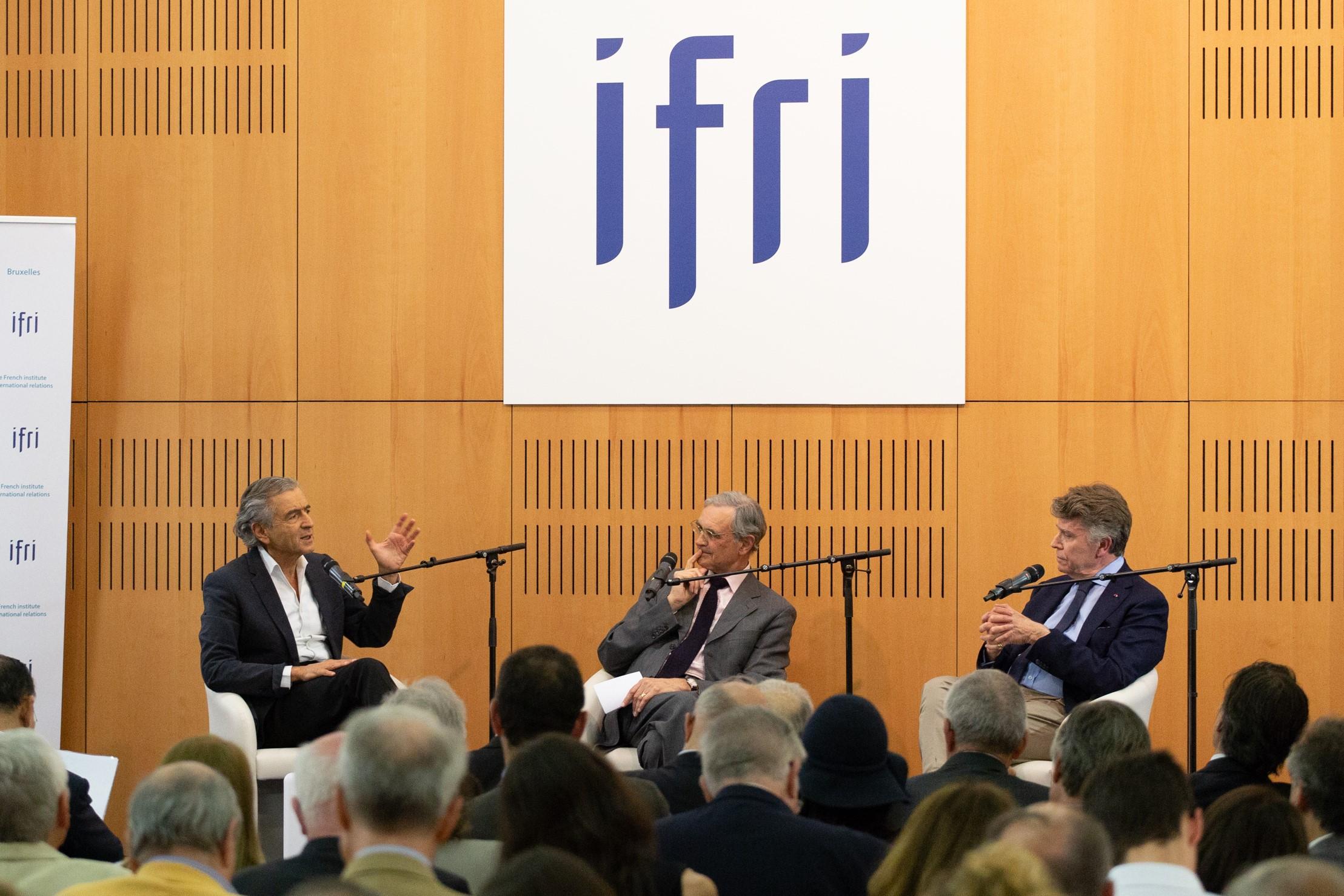 Conférence Débat entre Thierry de Montbrial et Bernard-Henry Lévy à l'Ifri le 29 mai 2018
