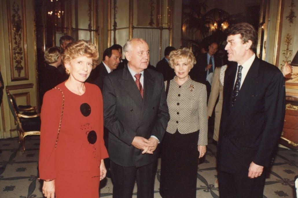 Mikhaïl Gorbatchev, Hélène Carrère d'Encausse, Thierry de Montbrial