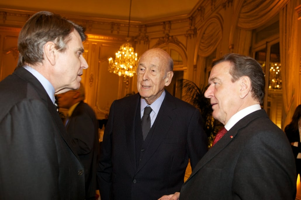Valéry Giscard d'Estaing, Gerhard Schröder, Thierry de Montbrial