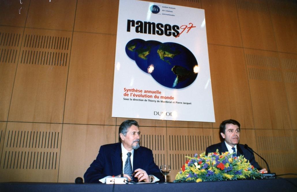 Emil Constantinescu, Thierry de Montbrial, Ifri 1997
